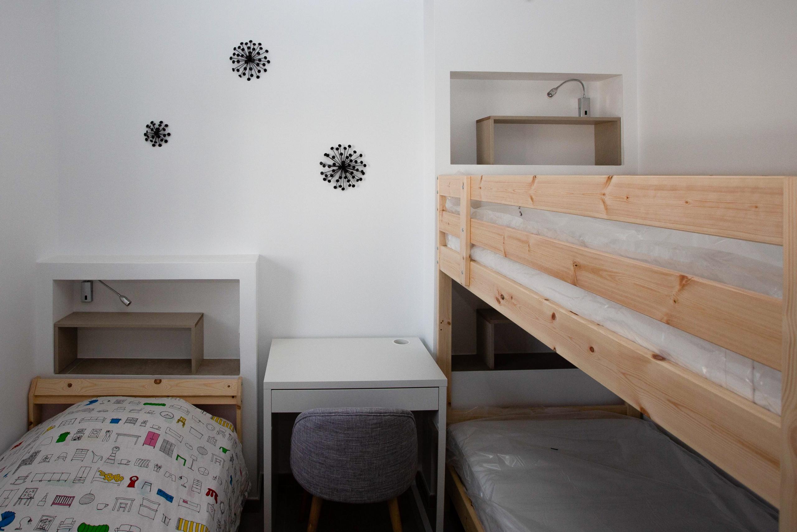 dortoir enfants vacances niches chambre d'enfant appartement décoration fonctionnel architecture d'intérieur